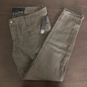 Joe's Jeans The Pant in Olive Size 29 NWT